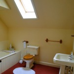 Shared Bathroom, Blair Farm, Bed and Breakfast, South Ayrshire